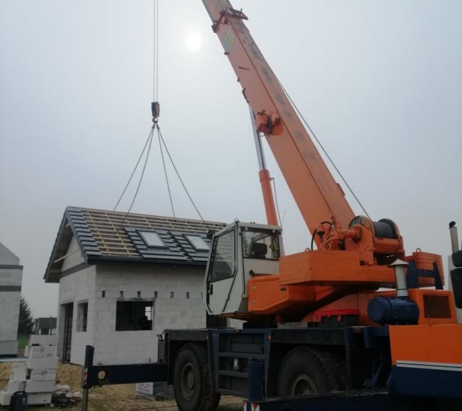 podnoszenie okien dachowych